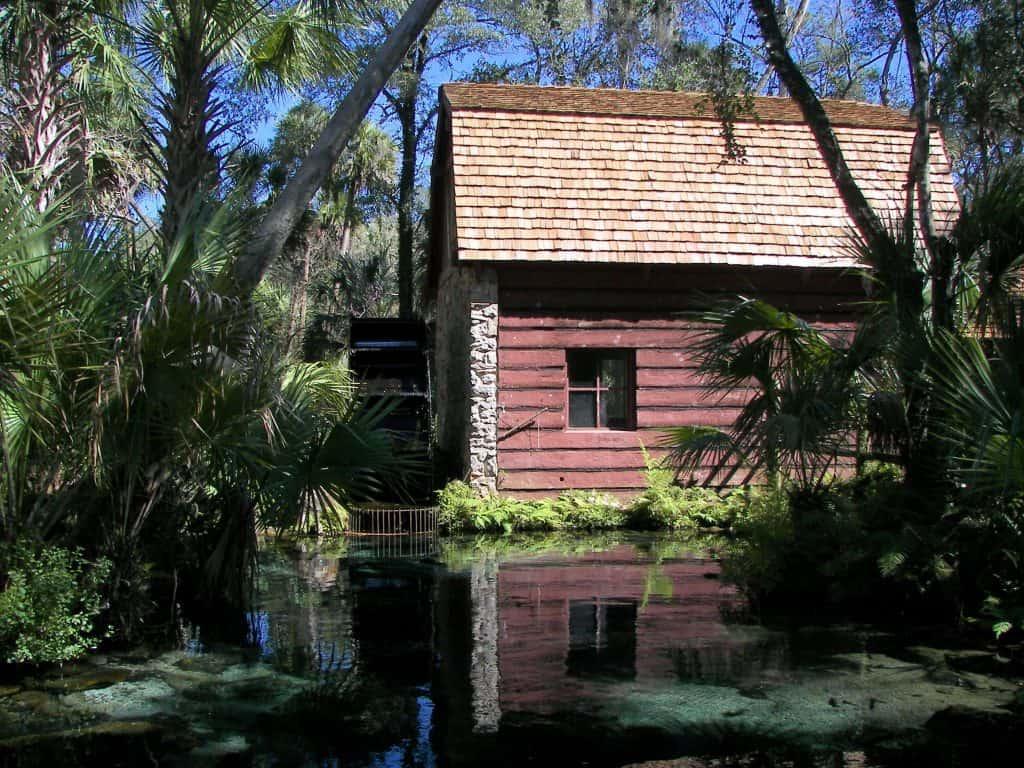 Hidden gems Florida red house in Ocala National Forest.