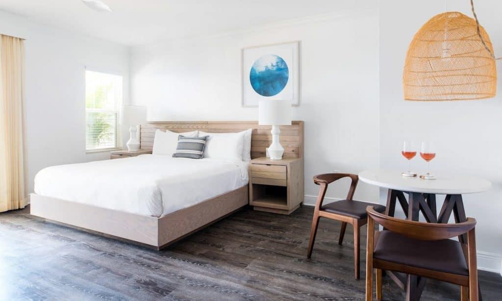 Rustic, modern airbnb in key west