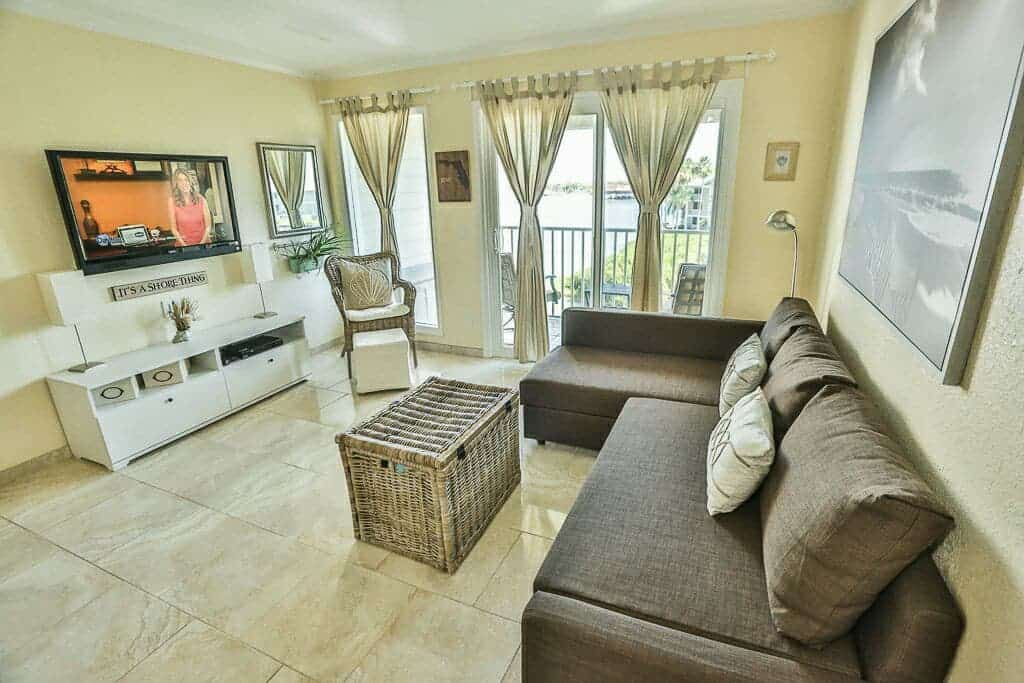 This private condo is great for waterfront paradise as an Airbnb in Tampa!
