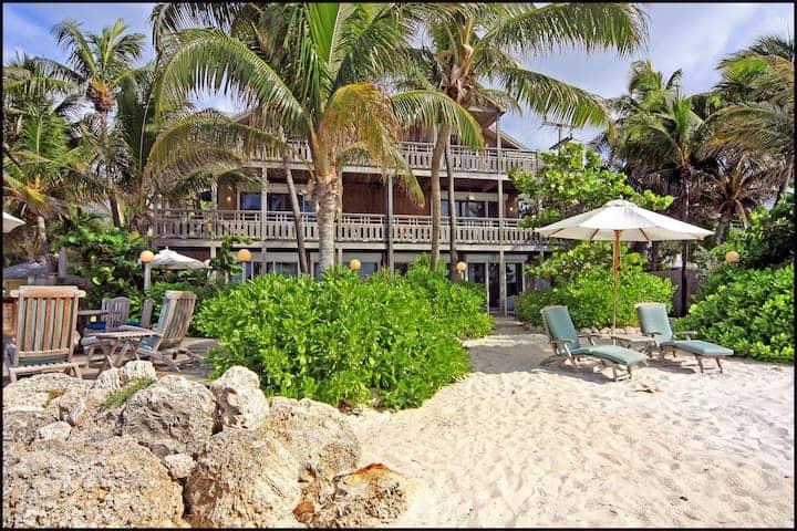 Hidden beach house airbnb in key west