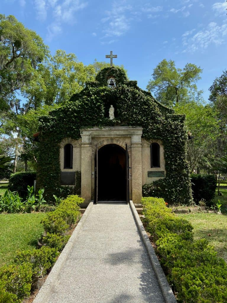 Photo of Tolonado Cemetery which is on some of the best Saint Augustine ghost tours.