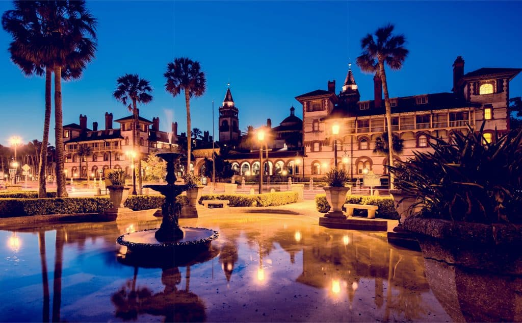 Photo of Flagler College which you can see on many Saint Augustine ghost tours.