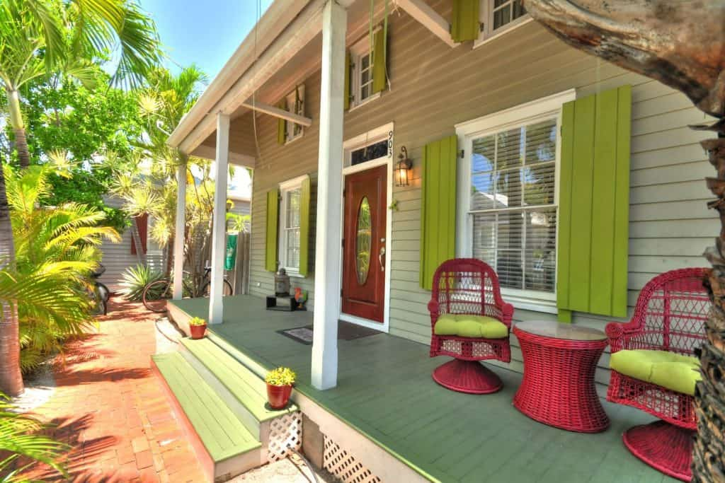 This tropical oasis is one of the airbnb cottages in Florida located in downtown Key west.
