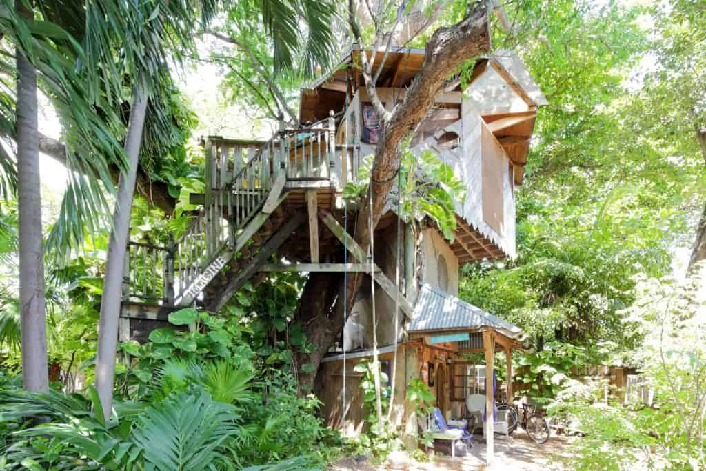 The beautiful Treehouse Canopy Room in Miami, one of the best places for Florida glamping.