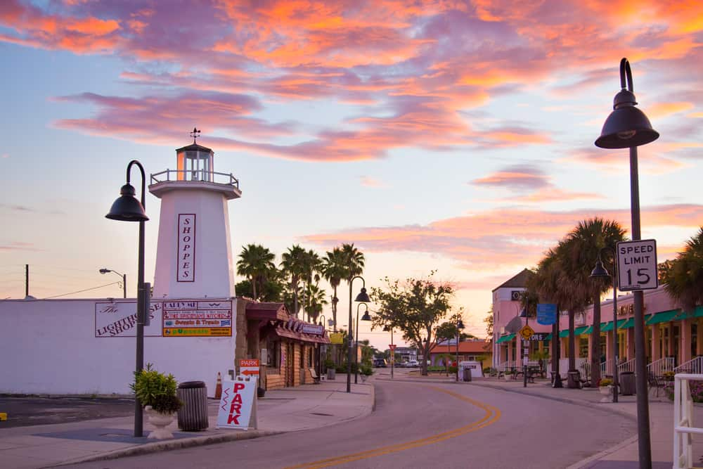 Tarpon springs home to one of the largest Greek communities in the United States.