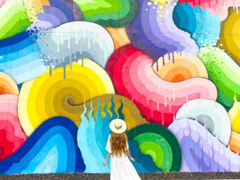 The beautiful colorful murals are one of the best things to do in St. Petersburg Florida