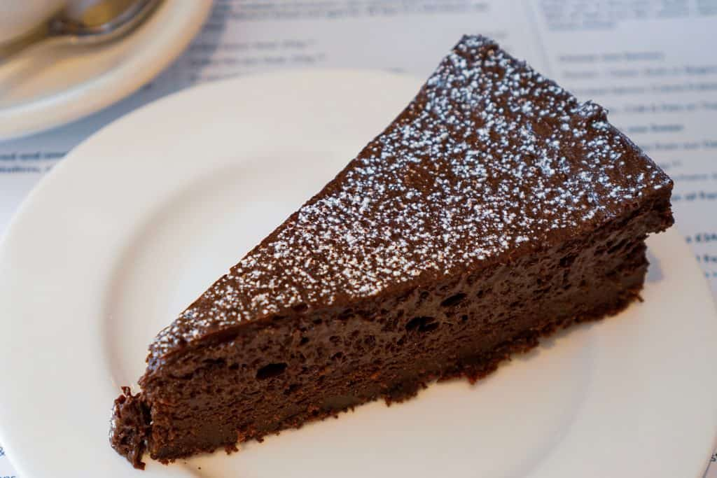 Photo of flourless chocolate cake which is one of the items served at one of the best Italian restaurants in Tampa.