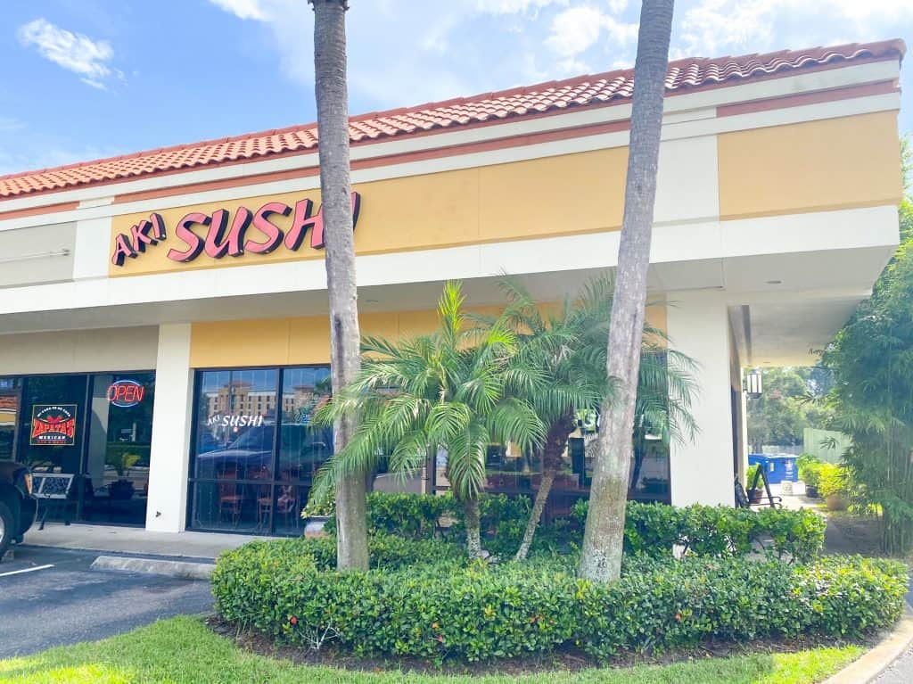 Aki sushi is one of the best sushi restaurants in Oldsmar Florida.