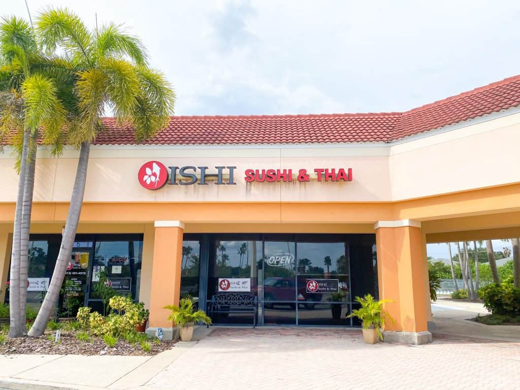 Oishi Sushi and Thai serves up some of the best food in Oldsmar if looking for sushi rolls or bento boxes.