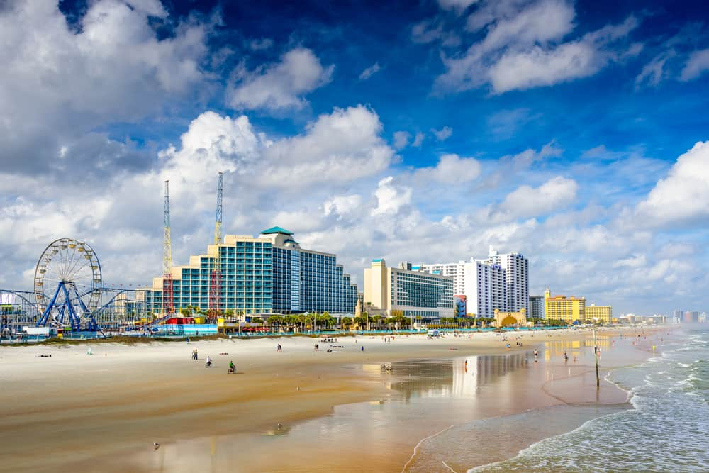 The beach is one of the best things to do in Daytona Beach as it is up to 500 feet wide on the Atlantic ocean!