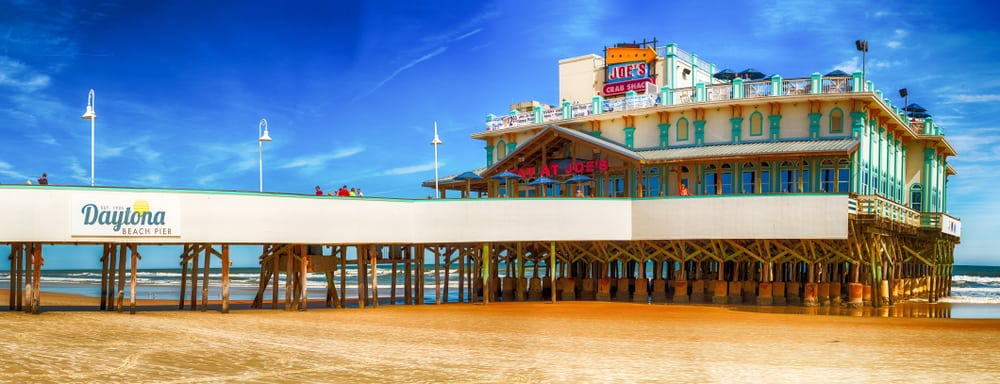 The Daytona Beach pier and Boardwalk is one of the free things to do in Daytona Beach.