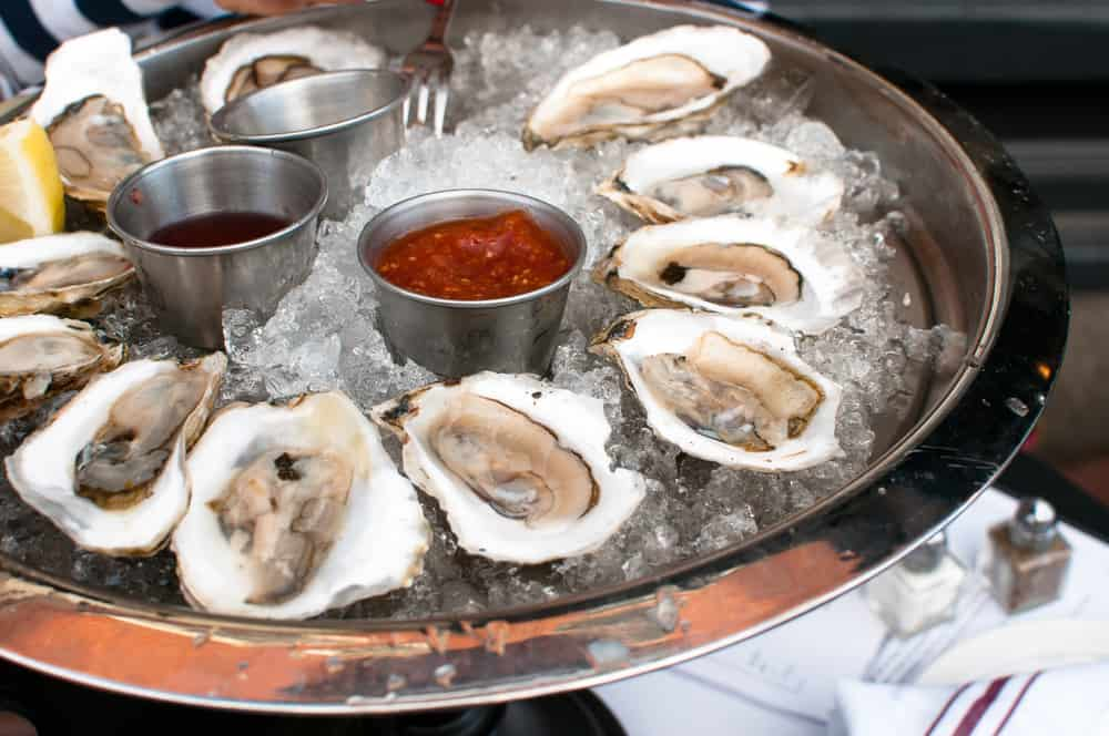 St. Armands Circle has a ton of dining restaurants try the oysters at Daiquiri Deck Raw Bar