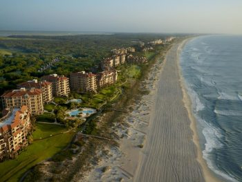 An Amelia Island resort on the beachfront