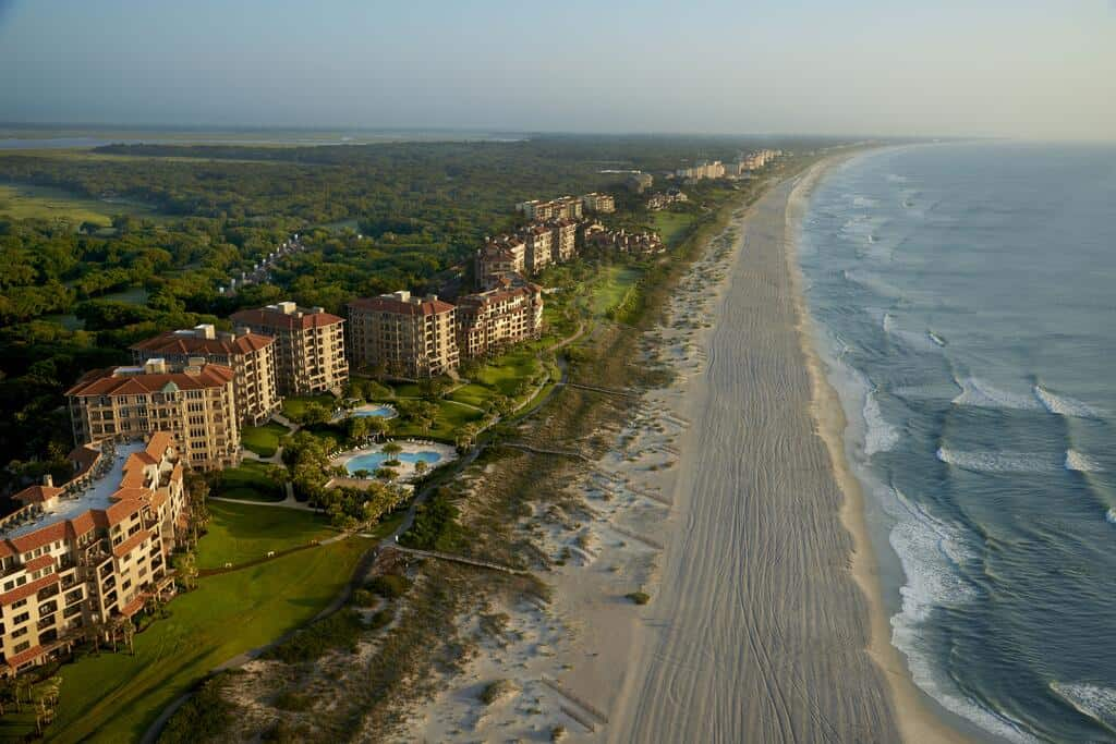 An Amelia Island resort on the beachfront