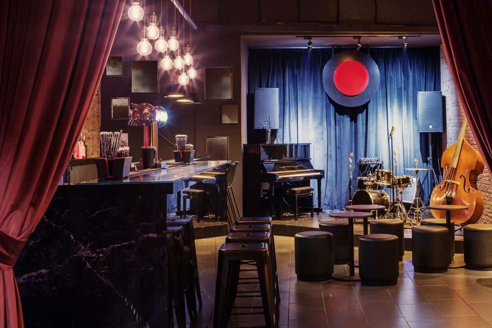Breezy Jazz Club plays live jazz on weekends in a relaxing environment