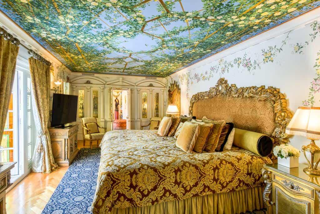 The Villa Casa Casuarina one of the boutique hotels in Miami