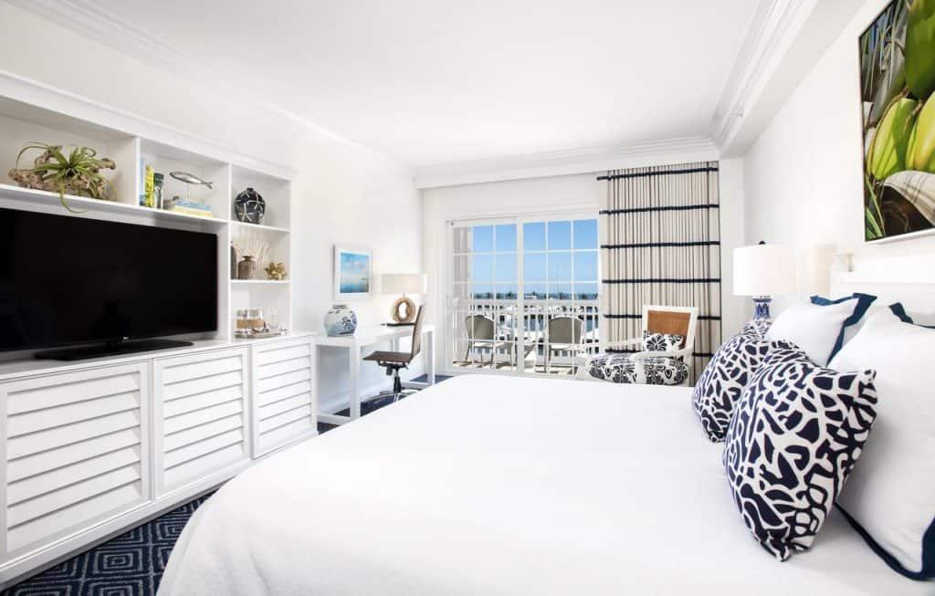Ocean Edge Key West is a luxury hotel in key west that has panoramic ocean views