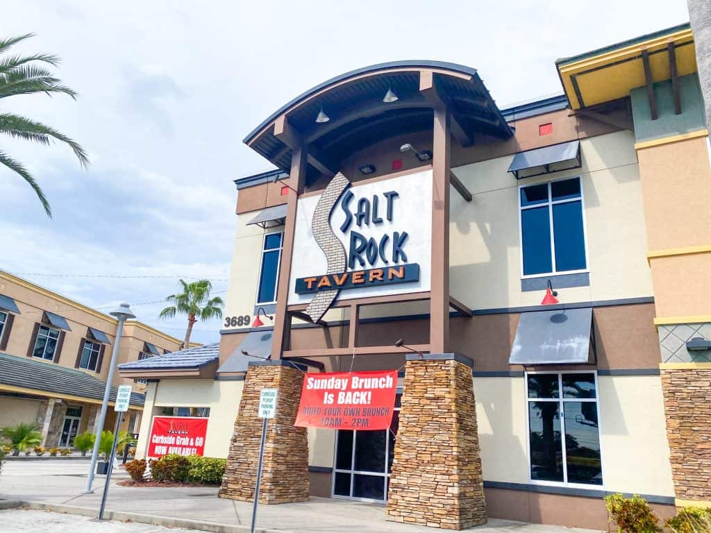Head to salt Rock Tavern one of the best restaurants in Oldsmar an one of the best early-bird dining restaurants in Florida.
