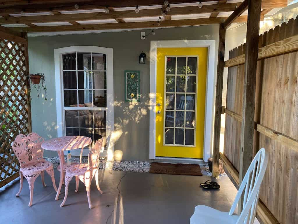Photo of the private porch at Fabiola's Studio Airbnb in Sarasota.