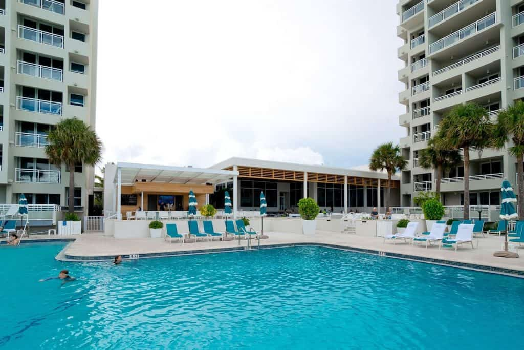 Photo of the resort-style pool at the Longboat Key Club Condo Airbnb.