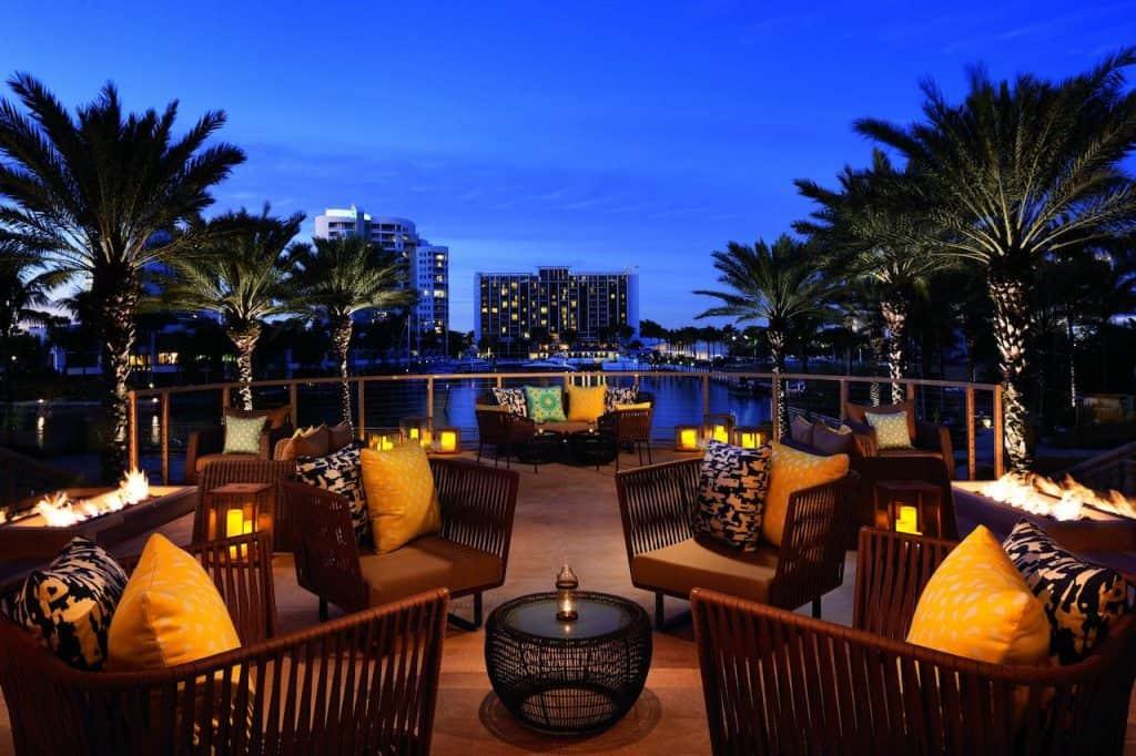 this best honeymoon resort in Florida has rooms with balconies