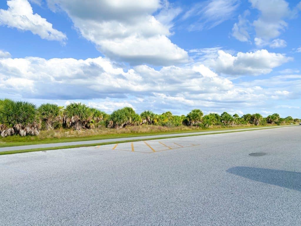 Osprey Trail running along parking lot