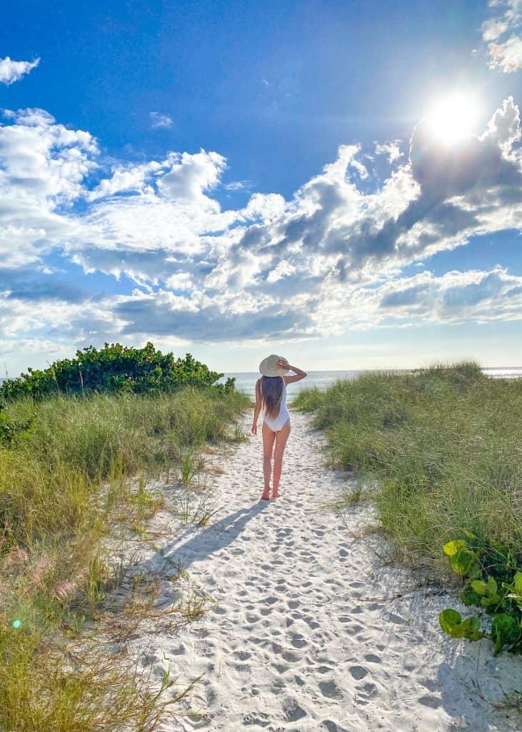 walking to main beach on honeymoon Island State park