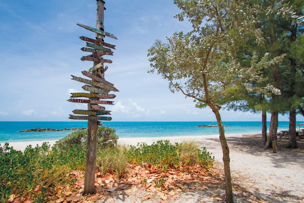 A beautiful beach in Key West in an article about key west beaches