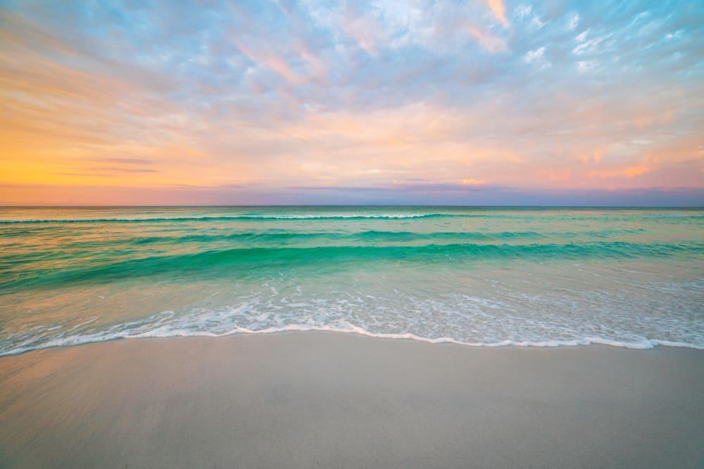 the Beautiful Destin Beach