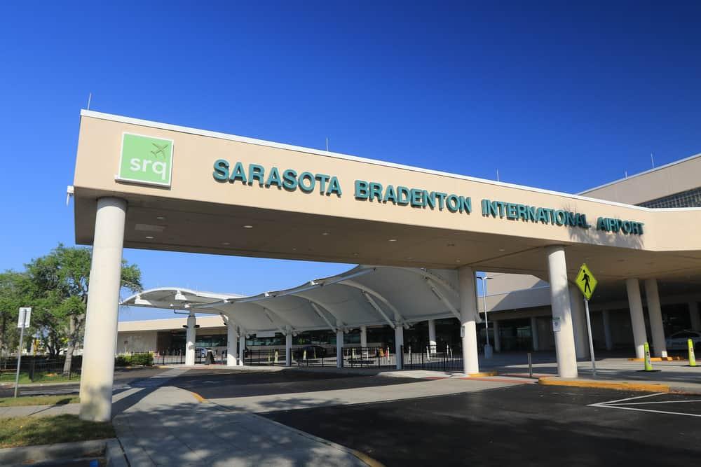 Head to smaller regional airport Sarasota just minutes from Siesta Key Beach
