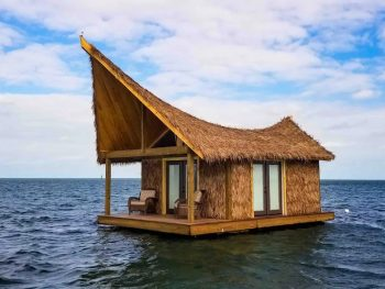 floating airbnb in the keys