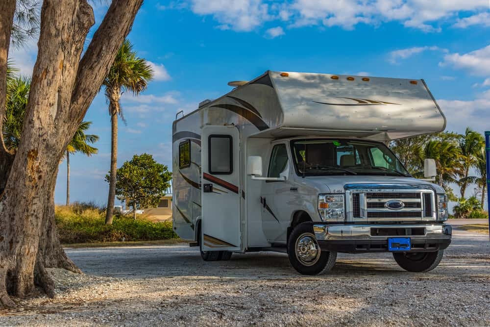 an article about RV Parks in Florida. An RV parked up