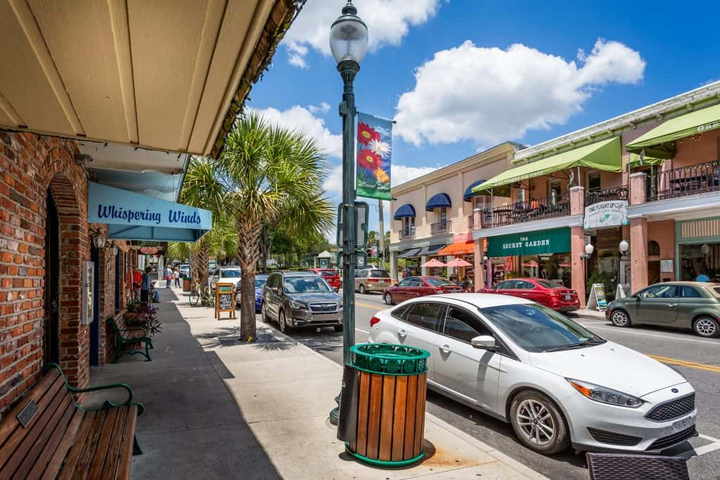 Downtown Mount Dora, full of quaint and plentiful boutiques and thrift stores.