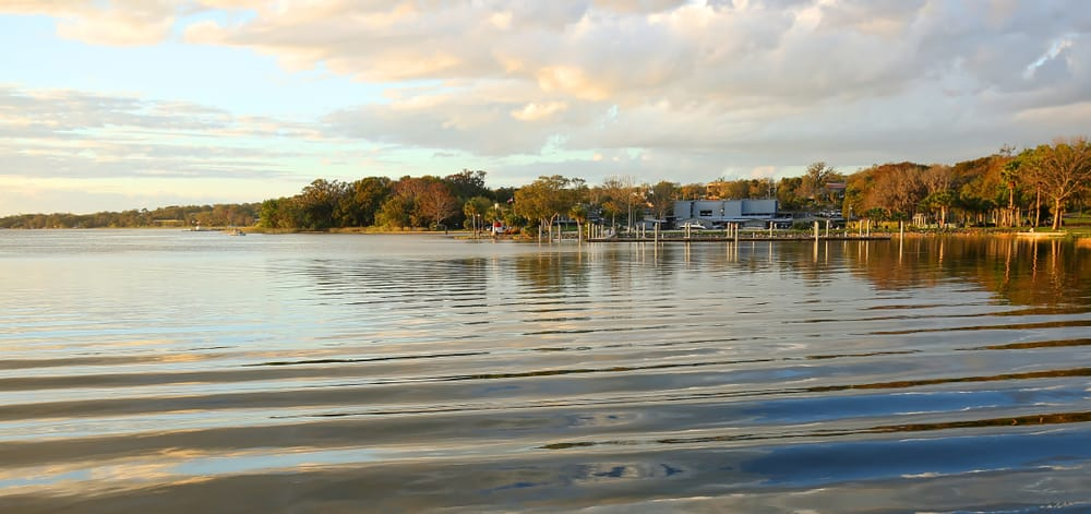 Visit beautiful Mount Dora in Florida just outside of Orlando