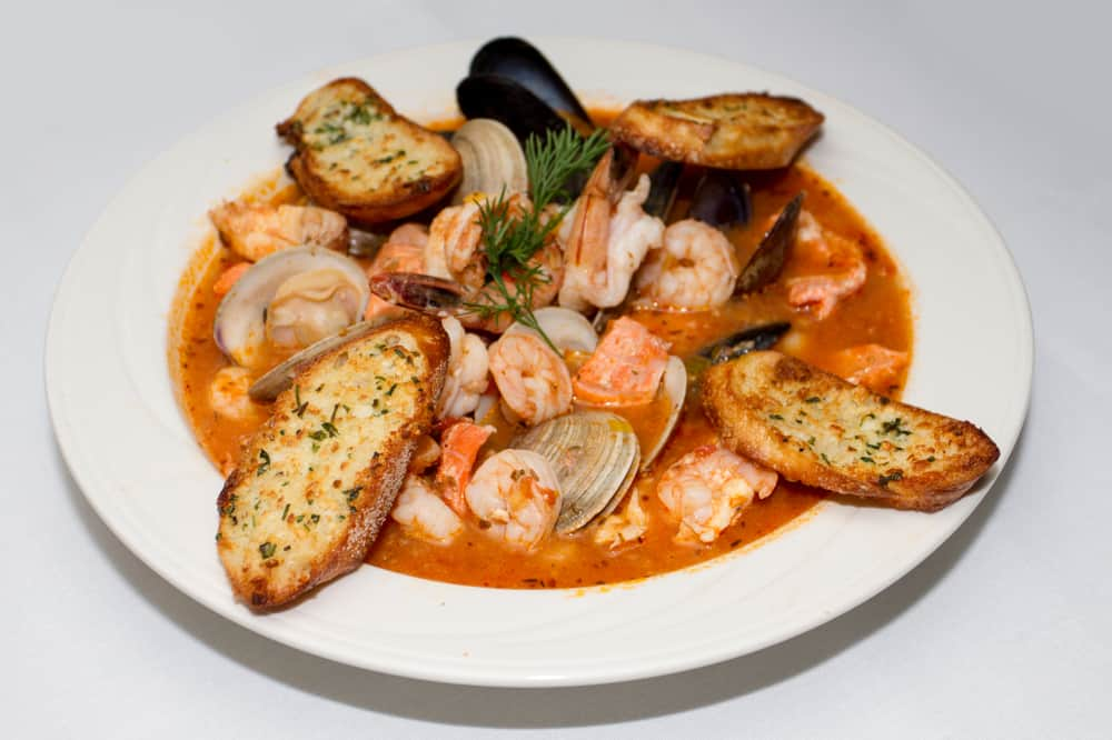 Come try a delicious Italian restaurant in New Smyrna for homemade Italian dishes like seafood pasta