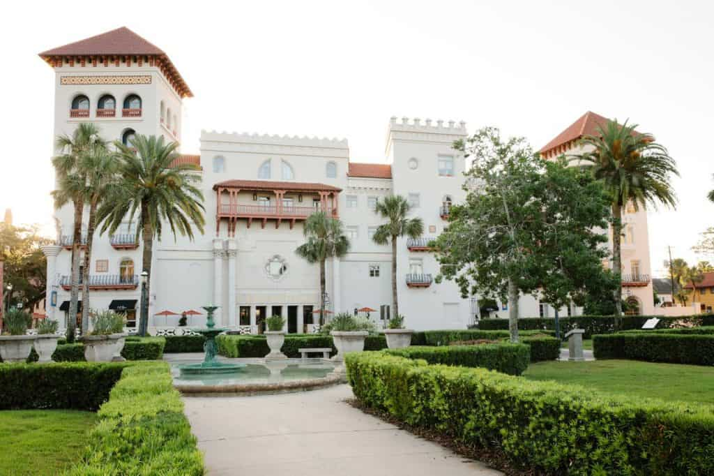 Casa Monica does not openly state that it is one of the haunted hotels in saint augustine, but many guests have reported strange occurances