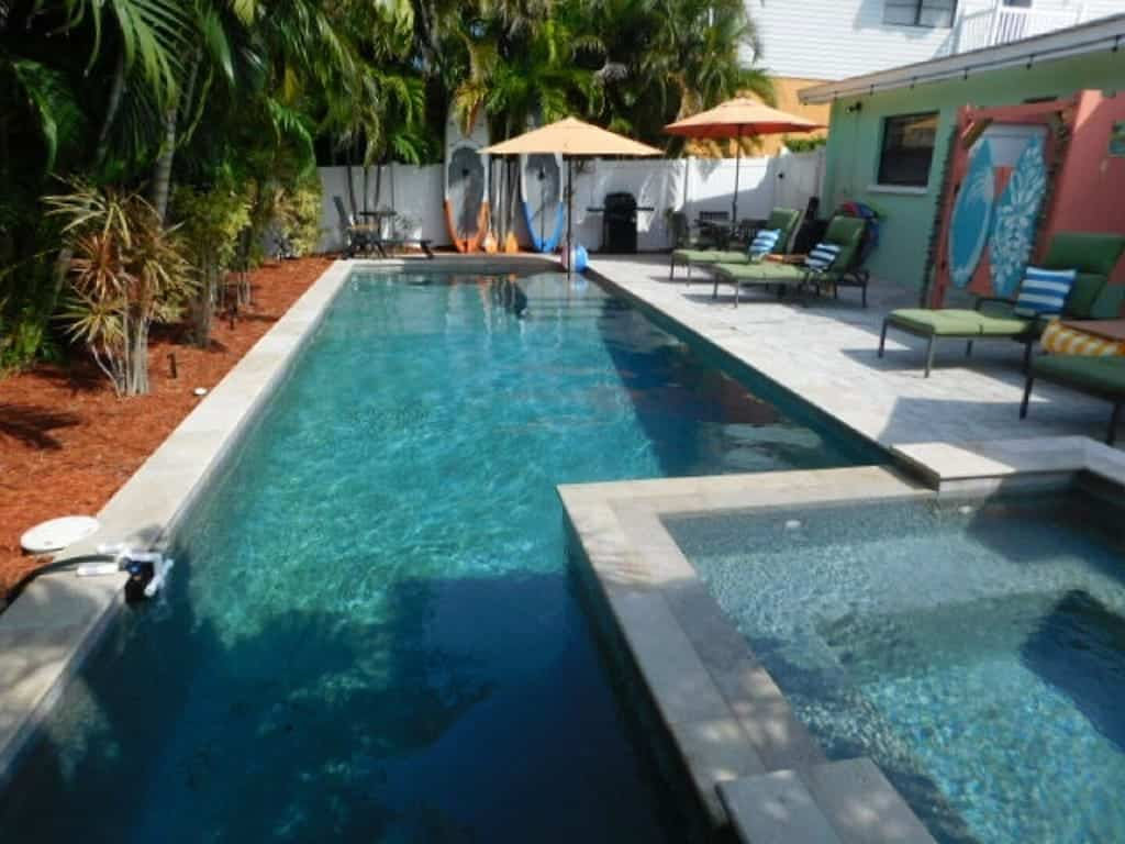 Come to castaway cottage for a relaxing private oasis