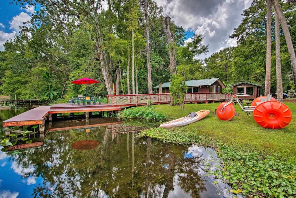 Come by this amazing cabin in the Orlando area of Wekiwa State Park