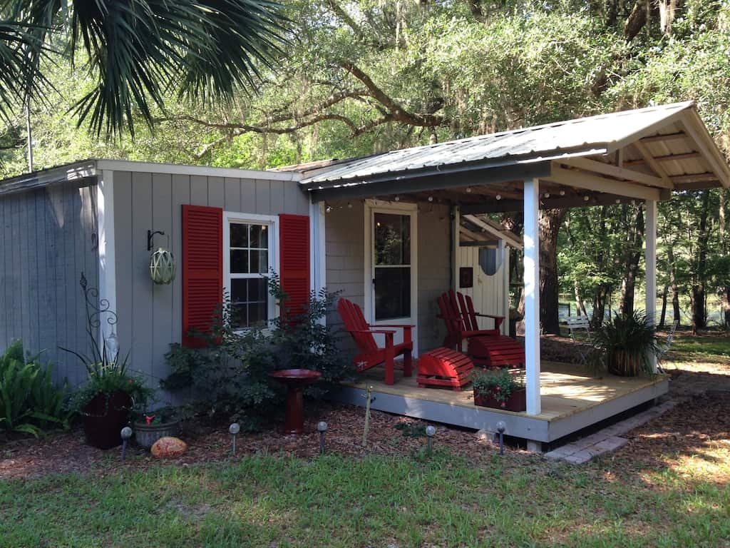 Dragonfly cottage in Fanning Springs, Florida.